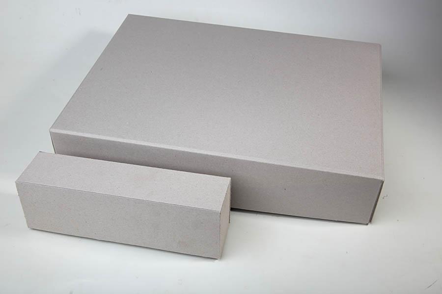 Graupappekartons in verschiedenen Größen